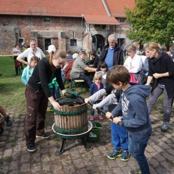 Traditionelles Kelterfest